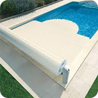 vente et installation volets roulants piscine avignon le pontet volet automa. Black Bedroom Furniture Sets. Home Design Ideas